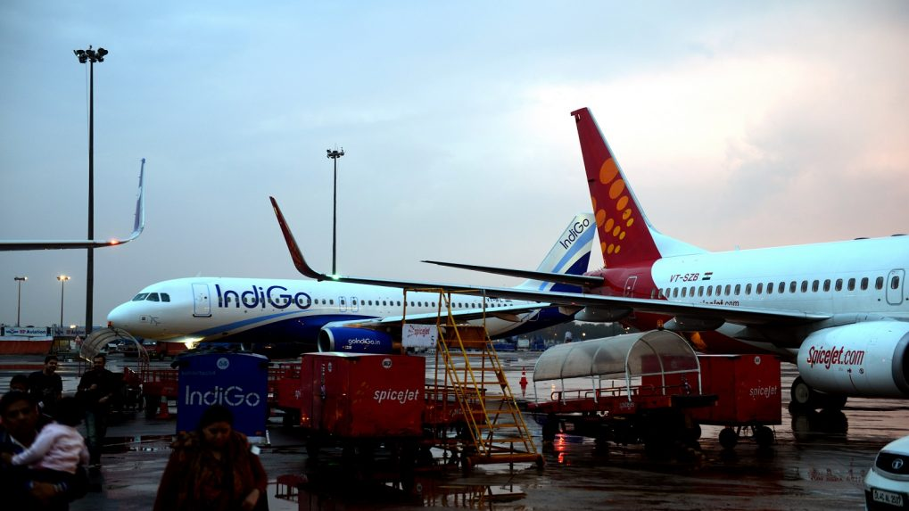 Government scraps fuel throughput charge at all airports