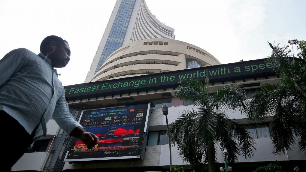 Closing Bell: Sensex, Nifty end in the red after hitting record high in 2 previous sessions